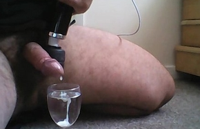 Cumming secure a glass of water