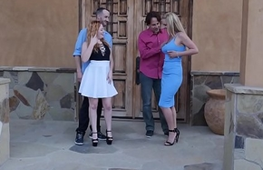 2 Swinger Couples DP Fuck in put emphasize Driveway