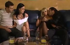 Il primo bacio - English (Full Porn Movie)